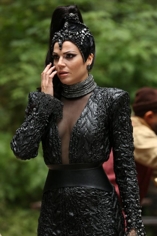 Once Upon a Time Season 3 Episode 2 Lost Girl (13)