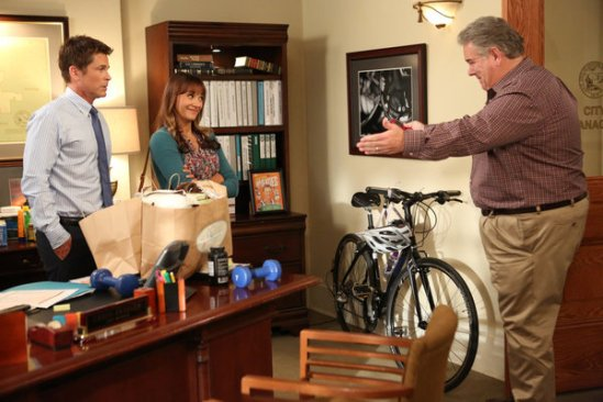 Parks and Recreation season 5 episode 3 The Pawnee-Eagleton Tip Off Classic (13)