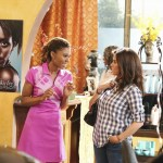 The Neighbors Season 2 Episode 4 The One With Interspecies F-R-I-E-N-D-S (8)