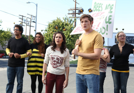 Raising Hope Episodes 9 & 10 The Chance Who Stole Christmas;Bee Story (16)