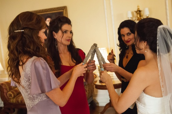 Witches of East End Season Finale Episode 10 Oh, What a World! 07