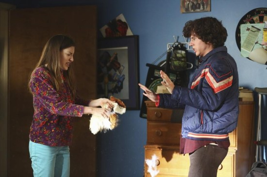 The Middle Season 5 Episode 11 War of the Hecks (10)