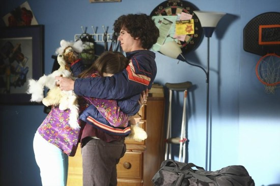 The Middle Season 5 Episode 11 War of the Hecks (7)