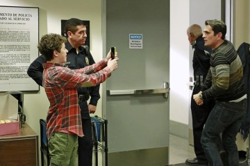 Modern Family Season 5 Episode 11 And One to Grow On (6)