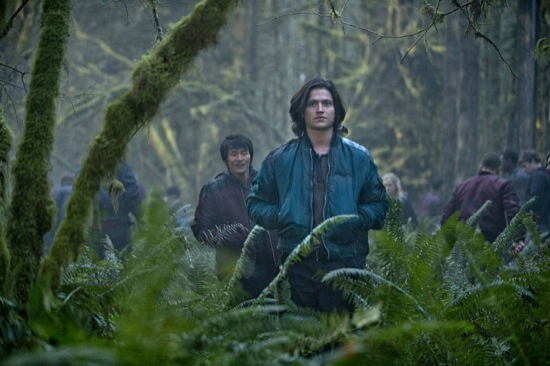 The 100 Pilot - Thomas McDonell