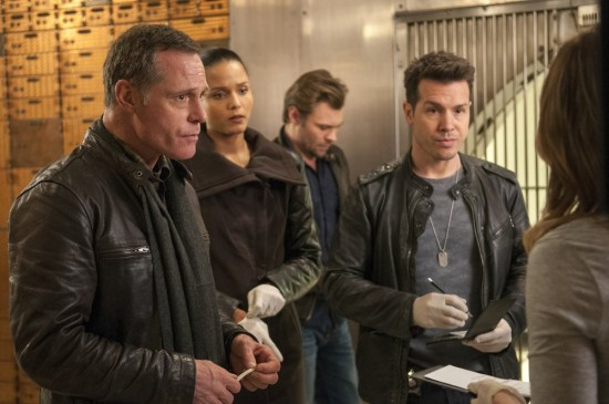 Chicago PD Episode 11 Turn the Light Off (9)