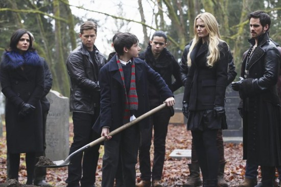 Once Upon a Time Season 3 Episode 16 It's Not Easy Being Green (6)