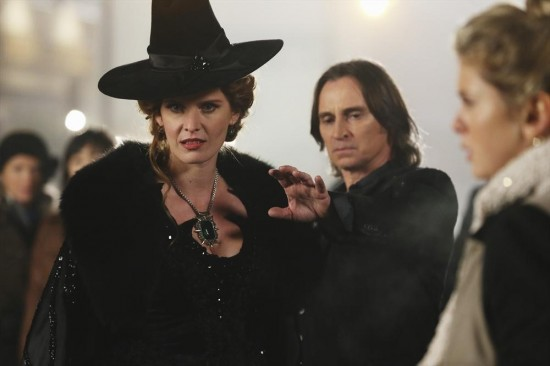 Once Upon a Time Season 3 Episode 16 It's Not Easy Being Green (20)