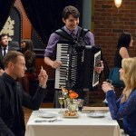 Melissa & Joey Season 3 Episode 32 Right Place, Right Time (1)