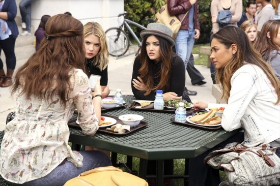 Pretty Little Liars Season 5 Episode 4 Thrown from the Ride (2)