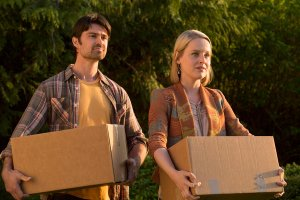 Cedar Cove Season 2 Episode 3 Relations and Relationships: Part One (6)