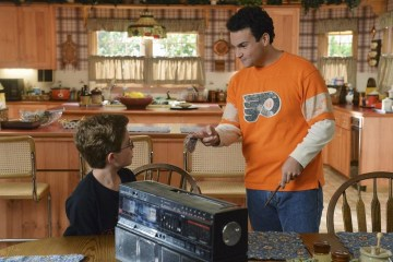 The Goldbergs Season 2 Episode 1 Love is a Mix Tape (16)