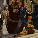 Melissa & Joey Halloween Special 2014 Witch Came First (13)