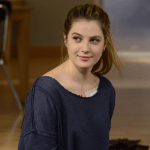 Red Band Society episode 8 Get Outta My Dreams, Get Into My Car (3)