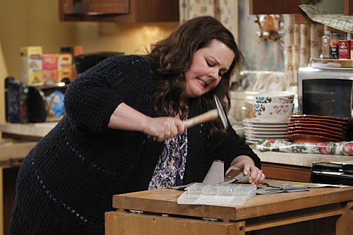 Mike Molly Season 5 Episode 2 To Have and Withhold 08