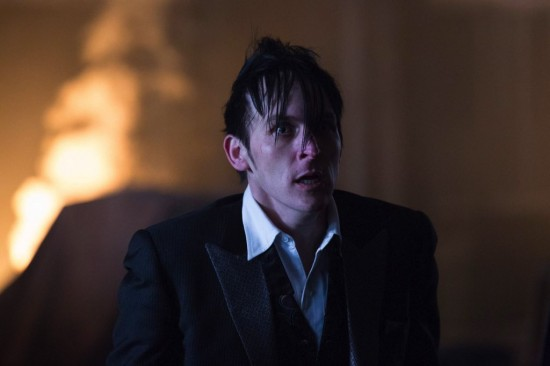 Gotham All Happy Families Are Alike Season Finale 2015 (9)