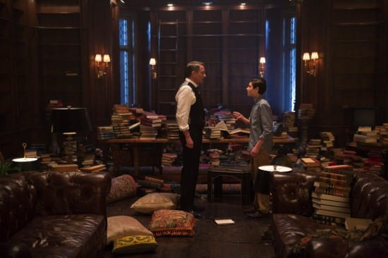 Gotham All Happy Families Are Alike Season Finale 2015 (3)