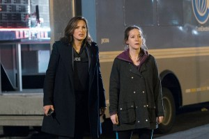 "Law & Order: SVU ""Parent's Nightmare"" Season 16 Episode 22 (2)"