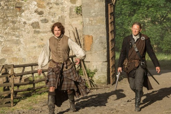Outlander The Watch Episode 13 (1)