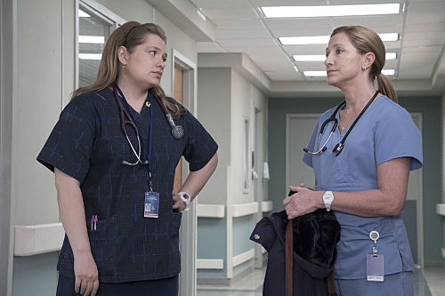 "Nurse Jackie ""Vigilante Jones"" Season 7 Episode 11 (4)"