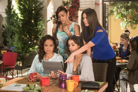 Devious Maids Cries and Whispers Season 3 Episode 8 (8)
