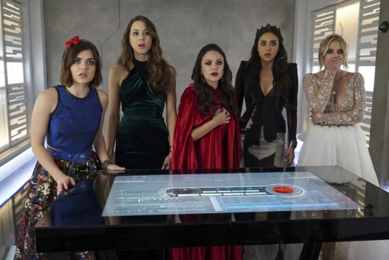Pretty Little Liars Game Over, Charles Season 6 Episode 10 (8)
