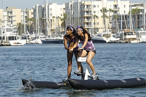 The Amazing Race A Little Too Much Beefcake Season 27 Premiere 2015 (1)