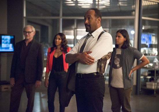 """The Flash """"Flash of Two Worlds"""" Season 2 Episode 2 (7)"""