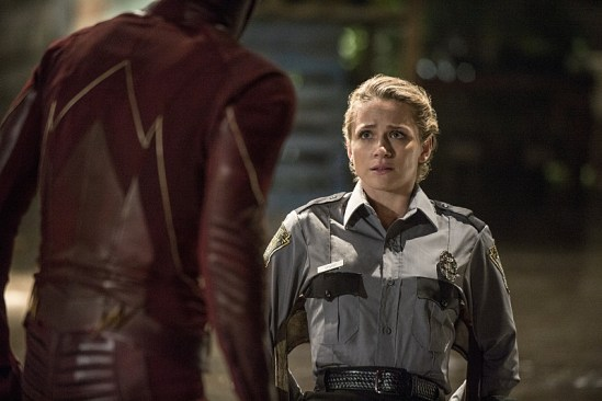 """The Flash """"Flash of Two Worlds"""" Season 2 Episode 2 (10)"""