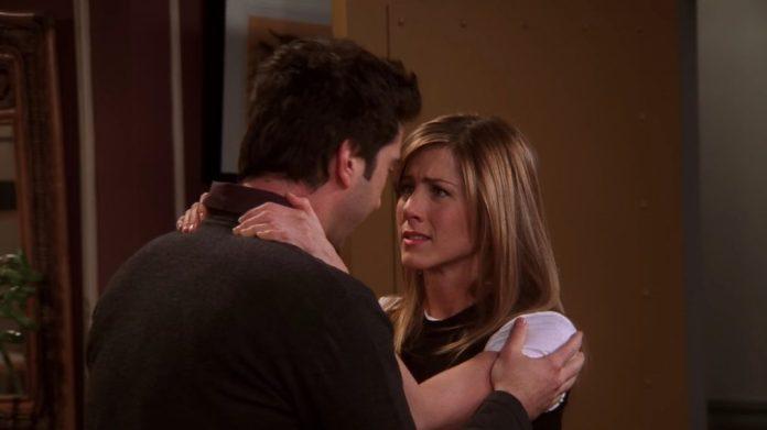 13 'Friends' Episodes That Show the Ups & Downs of Ross & Rachel's Love (PHOTOS)