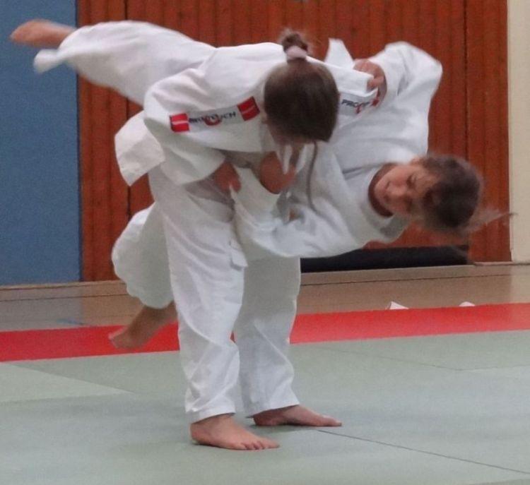 https://i2.wp.com/www.tvjahn-bad-lippspringe.de/tl_files/artikelbilder/2012/Judo/DSC08572b.jpg?w=750