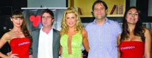Federico Carbonell, gerente de ventas de Playboy TV Latin America & Iberia, Wilma González y Javier Villanueva, gerente de contenidos y desarrollo de televisión de VTR