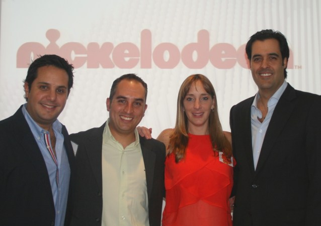 Arturo Chávez, Alfonso Cortina, Paola Ogaz y Eduardo Lebrija, VP senior de Viacom International Media Networks