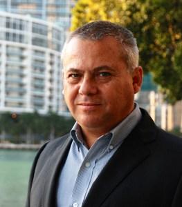 David Guerra, VP senior de distribución y mercadeo de VividTV para América Latina y el Caribe