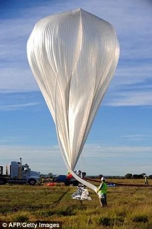Dr Wainwright a  utilisé un ballons similaires à celui-ci pour prélever des échantillons de la stratsophere