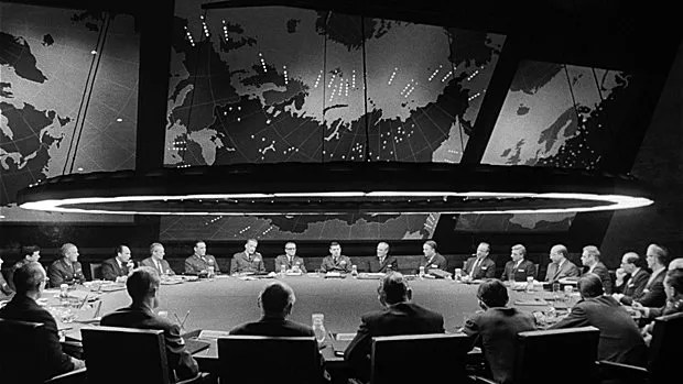 War Room dans Dr. Strangelove or: How I Learned to Stop Worrying and Love the Bomb (1964)
