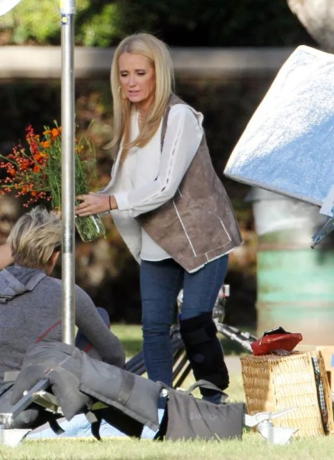 Kim-Richards-seen-filming-her-reality-show-The-Real-Housewives-of-Beverly-Hills (2)