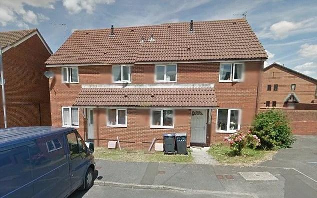 Le corps de Helen Barker a été découvert jeudi matin à son domicile à Trowbridge
