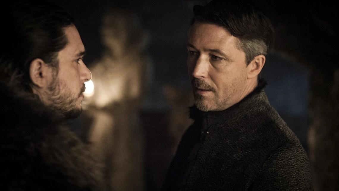 "Kit Harington est Jon Snow and Aidan Gillen est Petyr ""Littlefinger"" Baelish"