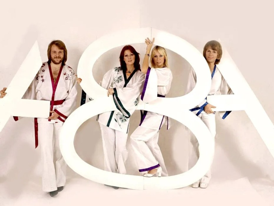 ABBA, Bee Gees, Carpenters