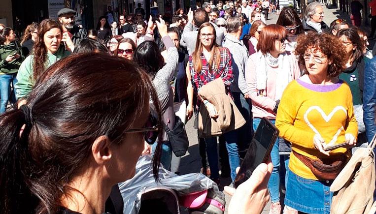 manifestacio-feminista-dona-mobil