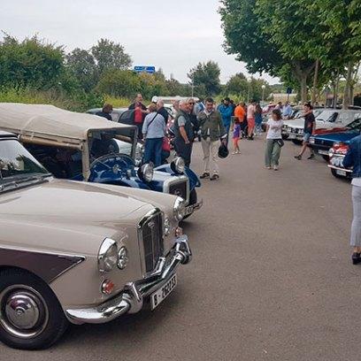 cotxe-classic-antic-