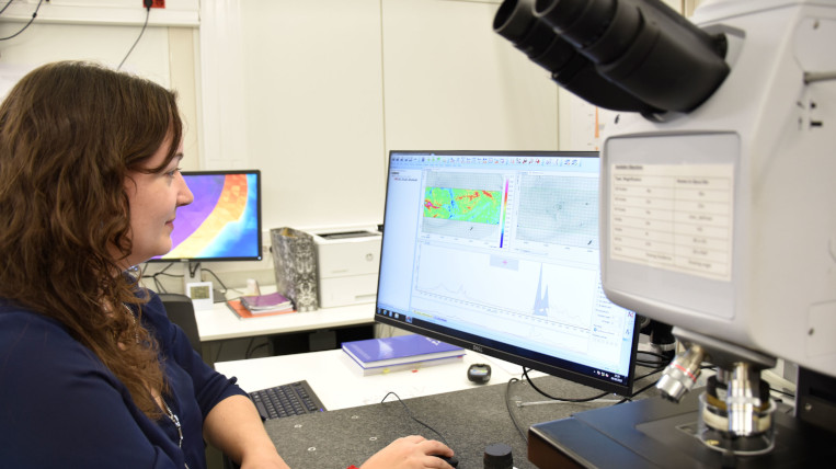 Una recerca del Sincrotró Alba apunta que la radioteràpia i les nanopartícules són més eficaces contra el càncer