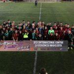 Els equips femení i masculí del SantCu i el Mira-sol Baco juguen junts contra la violència masclista