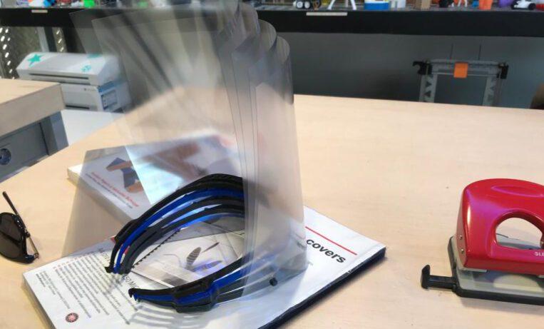 Una empresa santcugatenca fabrica material sanitari amb impressores 3D