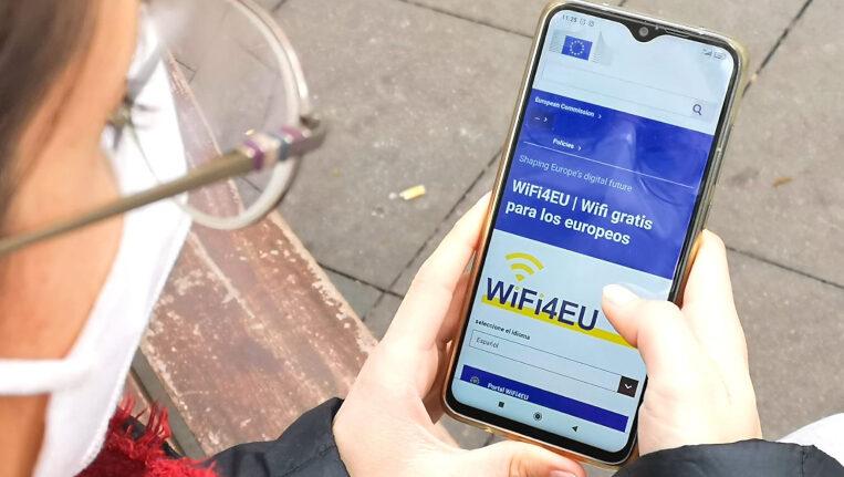 Wifi gratis als centres de salut i als parcs de la ciutat