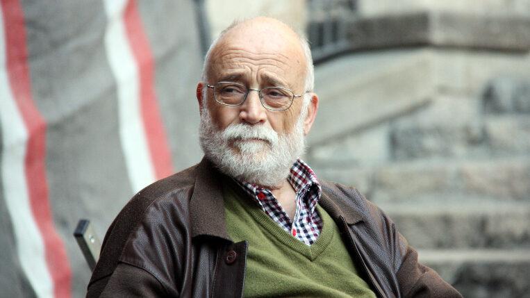 Mor el santcugatenc Arcadi Oliveres als 75 anys