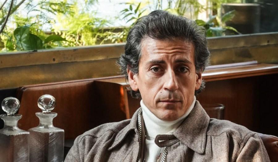 Gaetano Bruno Interpreta Walter Albini in Made In Italy. Credits: Mediaset