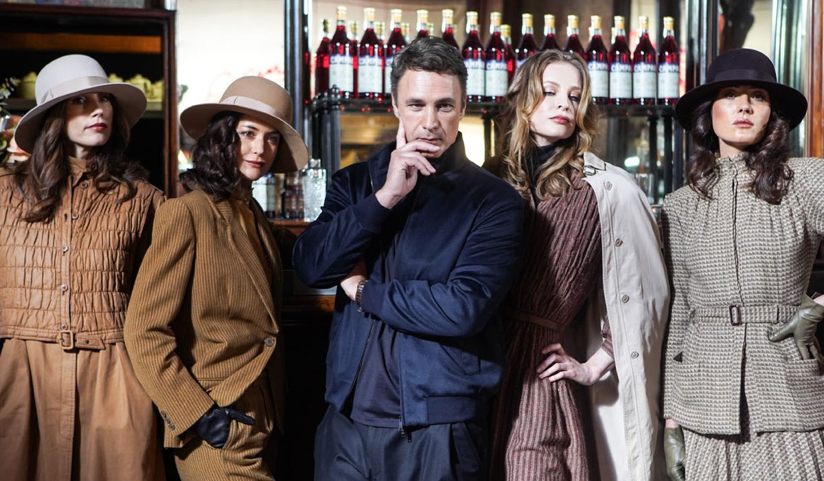 Raoul Bova e le modelle in Made In Italy. Credits: Mediaset