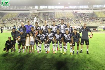 Botafogo 3 x 0 Santa Cruz (33)